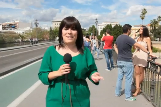 María Luces en un momento de la emisión del reportaje ficticio